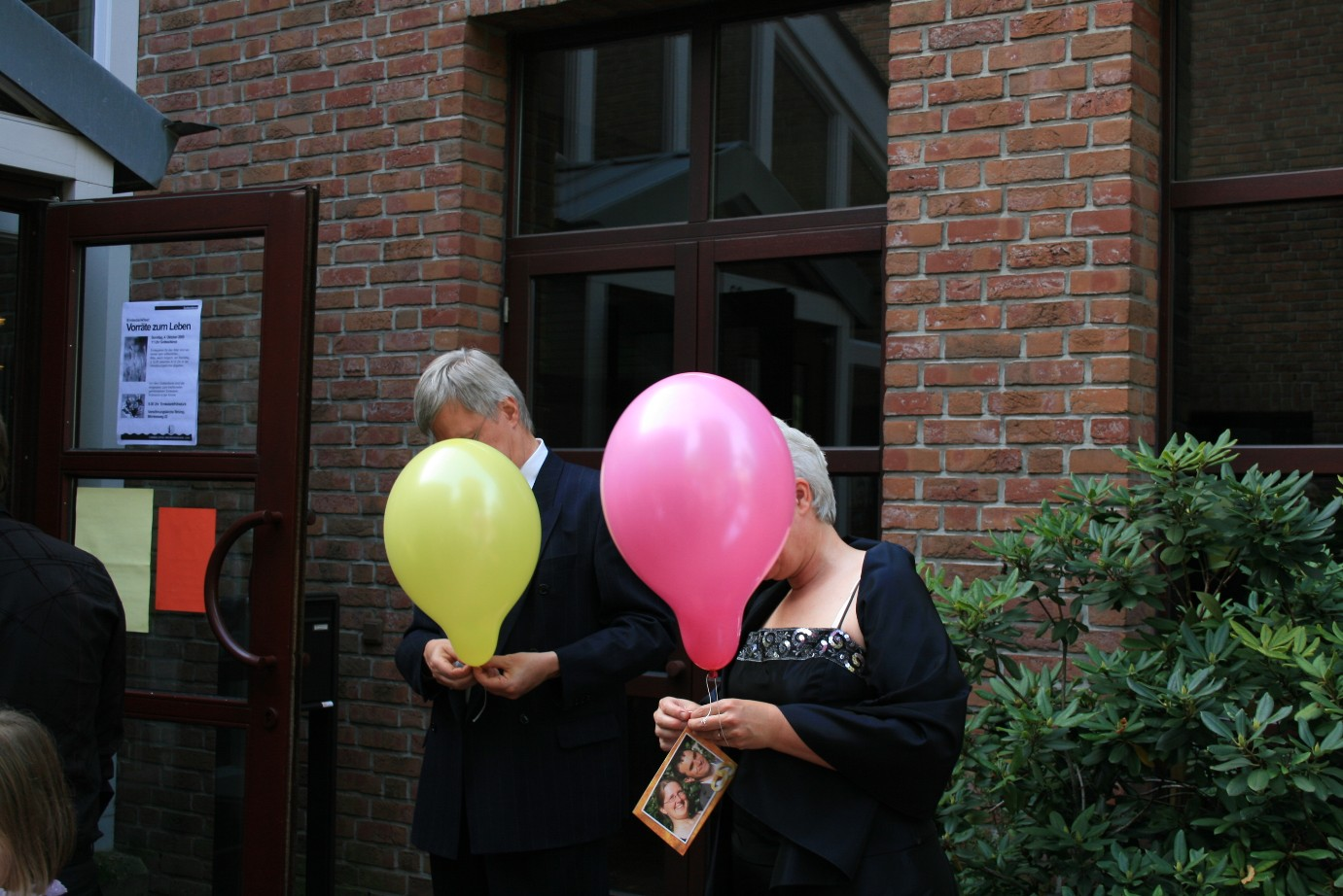 Die kirchliche trauung for Luftballons duisburg